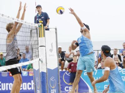 LIVE Beach volley, Europei 2017 in DIRETTA: Carambula-Ranghieri, che occasione persa! In semifinale vanno i belgi: 1-2 (21-18, 15-21, 15-17)