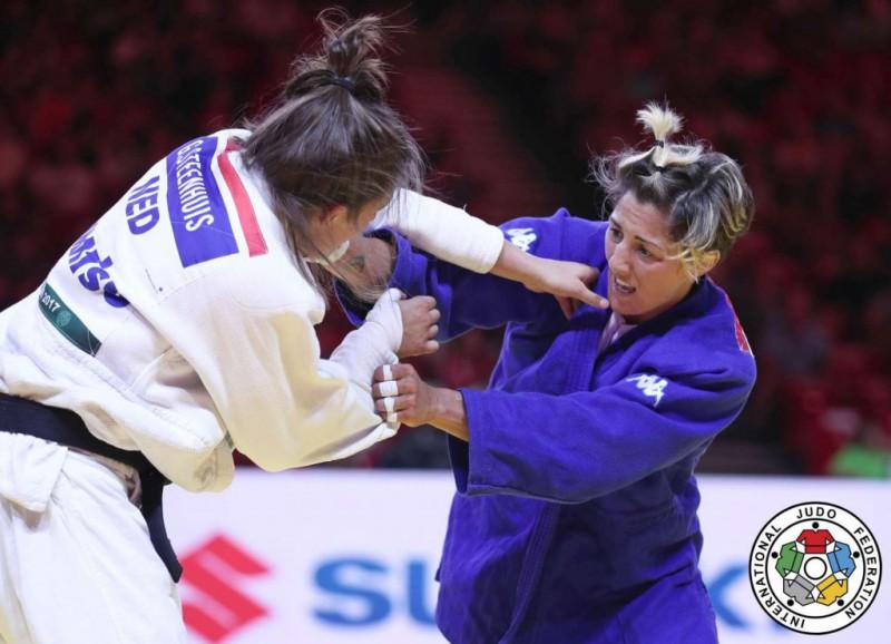 Judo-Assunta-Galeone-Guusje-Steenhuis.jpg