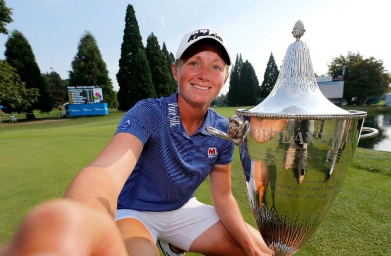 Stacy-Lewis-Golf-Twitter-LPGA-e1504535385527.jpg