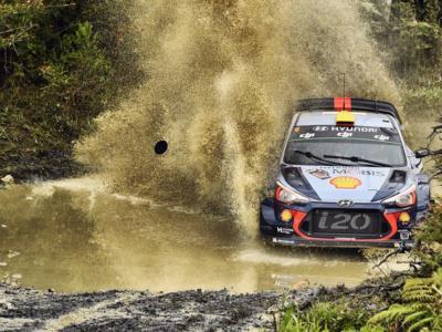 Rally Australia 2017, prima giornata: Andreas Mikkelsen domina e distanzia Neuville e Meeke, attardato Ogier