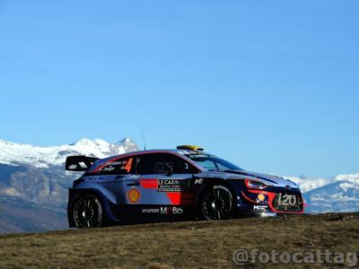 Rally Turchia 2019: Thierry Neuville e Andreas Mikkelsen iniziano con il piede giusto a Marmaris