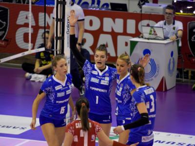 Volley femminile, Serie A1 2018 – Firenze batte Bergamo e si lancia verso i playoff! Foppapedretti a rischio retrocessione