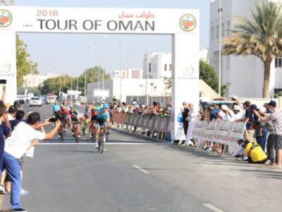 Tour of Oman 2018: Magnus Cort Nielsen si impone allo sprint nella quarta tappa davanti a Giovanni Visconti e Alberto Bettiol