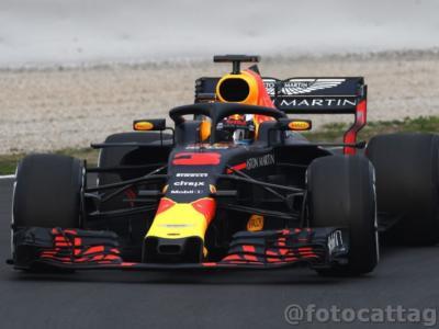 F1, Test Barcellona 2018: analisi sesta giornata: Daniel Ricciardo il più veloce, il passo della Mercedes spaventa. La Ferrari si nasconde e pensa al passo gara