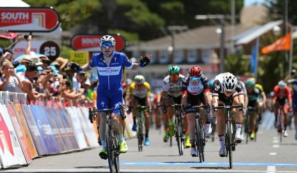 Giro d'Italia 2018, Elia Viviani la punta azzurra per le volate. Il campione olimpico ha fame di tappe