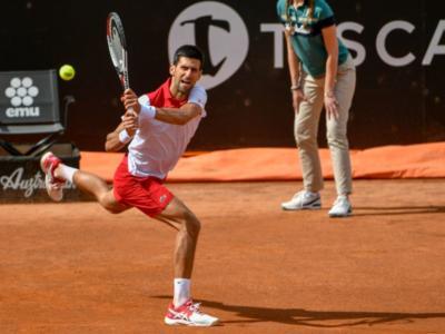 LIVE Djokovic-Thiem 2-6 6-3 5-7 7-5 5-7, Roland Garros 2019 in DIRETTA: l'austriaco raggiunge Nadal in finale al terzo match point!