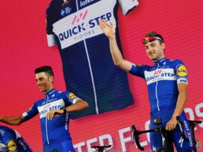Giro d'Italia 2018: le pagelle della seconda tappa. Elia Viviani domina la volata, Rohan Dennis e la BMC danno spettacolo