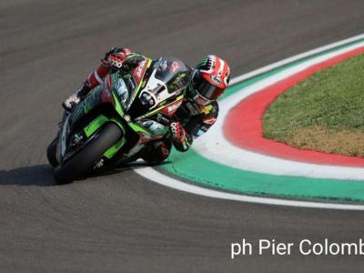 LIVE Superbike, GP Italia Imola 2018 in DIRETTA: Rea domina in gara-1, Melandri chiude terzo davanti a Davies