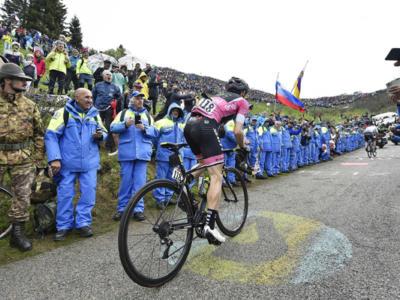 Classifica Vuelta a España 2018: Simon Yates incrementa, sorprese Mas e Kruijswijk. Perde tanto Quintana