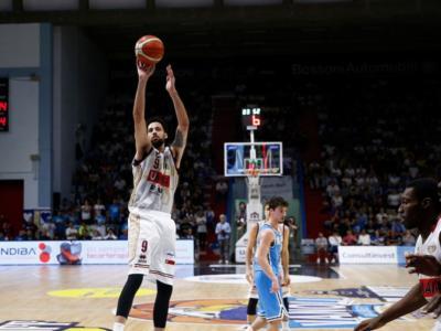 Basket, Playoff Serie A 2018: Venezia è in semifinale, Trento va sul 2-1 con Avellino