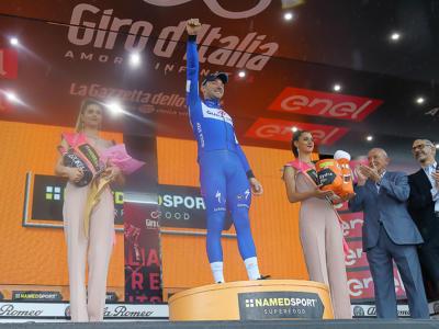 Giro d'Italia 2018, le pagelle della diciassettesima tappa: Sanchez e De Marchi commoventi, Elia Viviani dominante
