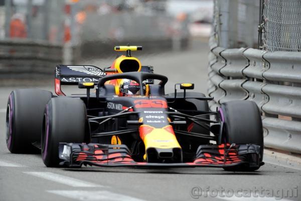 F1: Germania, Mercedes Hamilton si ferma