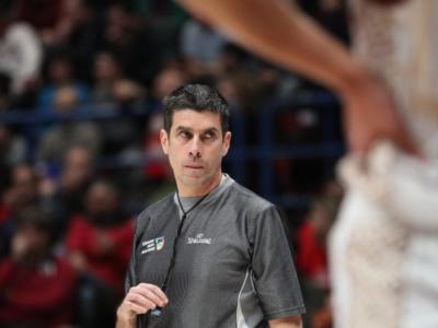 Basket, arrivano alcune nuove regole a livello FIBA. Cosa cambia da ottobre, tutte le novità
