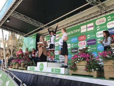 Ciclismo femminile, OVO Energy Women's Tour 2018: Coryn Rivera batte al fotofinish Marianne Vos e diventa leader
