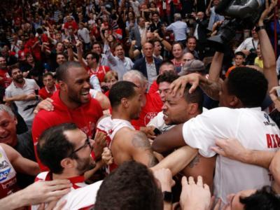 Basket, Finale Scudetto 2018: gara-5 è uno spettacolo! Milano batte una Trento mai doma: decide Goudelock!