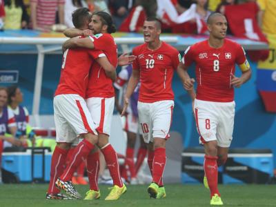 Pagelle Svizzera-Costa Rica 2-2, Mondiali 2018. Bene Sommer e Drmic per i rossocrociati, dall'altra parte un gruppo coriaceo guidato da Colindres