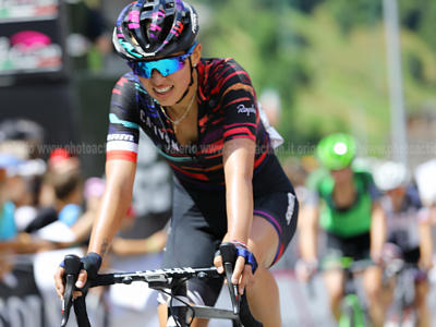 Ciclismo, Amstel Gold Race femminile 2019: Katarzyna Niewiadoma dominante sul Cauberg!