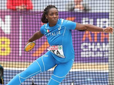 VIDEO Daisy Osakue eguaglia il record italiano nel disco, Olimpiadi Tokyo atletica: il lancio dell'azzurra