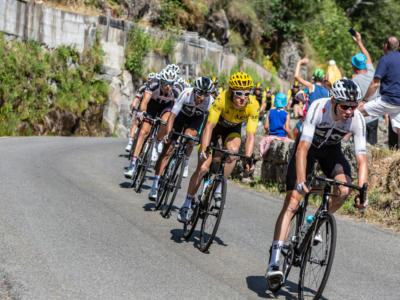 LIVE Tour de France 2018 in DIRETTA: Roglic attacca in discesa e vince. Thomas in controllo