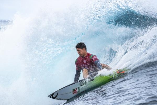 Surf, Tahiti Pro Teahupoo 2018: Gabriel Medina trionfa nella