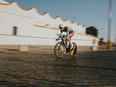 Vuelta a España 2018: Tony Gallopin anticipa il gruppo nella settima tappa. Molard resta in rosso, perde terreno Kwiatkowski