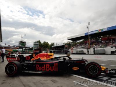 """F1, Christian Horner risponde a Daniel Ricciardo: """"Fatto di tutto per tenerlo, temeva la crescita di Max Verstappen"""""""