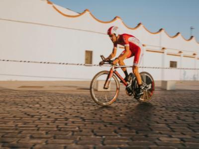 Vuelta a España 2019, risultato sesta tappa: Jesus Herrada firma la vittoria, Dylan Teuns si prende la maglia rossa con una fuga da lontano