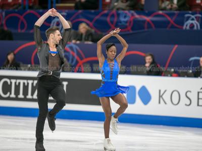 Pattinaggio artistico, Skate Canada 2018: Vanessa James e Morgan Ciprès trionfano nelle coppie di artistico, secondi i cinesi Cheng Peng-Yang Jin