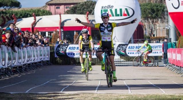 LIVE Ciclocross, Mondiali U23 2020 in DIRETTA: Ryan Kamp regala il secondo titolo ai Paesi Bassi. Naufragato Dorigoni