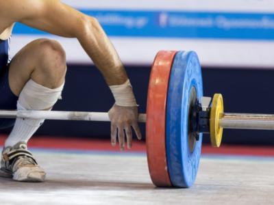 Sollevamento pesi, cinque atleti sospesi dopo il riesame del test delle urine di Londra 2012