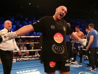 Boxe, clamoroso pareggio tra Deontay Wilder e Tyson Fury! Mondiale WBC da urlo, il britannico va ko due volte ma non basta