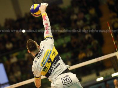 Volley, Playoff Scudetto: quarti di finale, i migliori italiani di gara-2. Zaytsev e Juantorena trascinatori, Beretta capitano del miracolo Monza