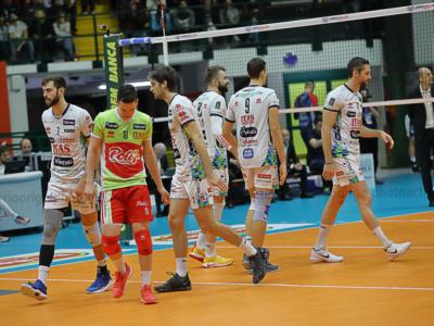 Volley, semifinali Coppa Italia oggi (9 febbraio): programma, orari e tv di Perugia-Modena e Trento-Civitanova
