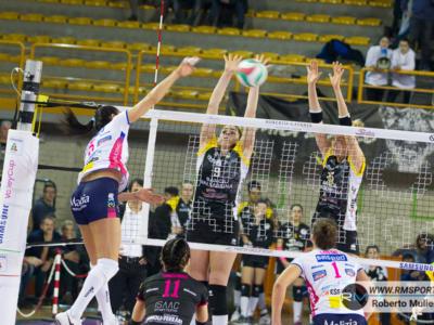 Volley femminile, Playoff Scudetto 2019: gara-1 quarti di finale, Novara travolta da Firenze! Busto Arsizio-Monza 3-2