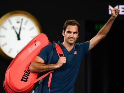 VIDEO Federer-Tsitsipas Highlights Australian Open, impresa del greco: il Maestro eliminato agli ottavi di finale
