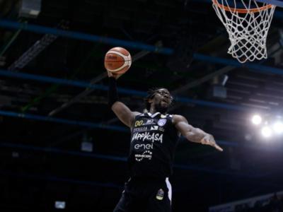 Basket, Final Eight Coppa Italia 2019: Brindisi domina, poi rischia di farsi rimontare, ma batte Sassari e raggiunge Cremona in una finale inedita