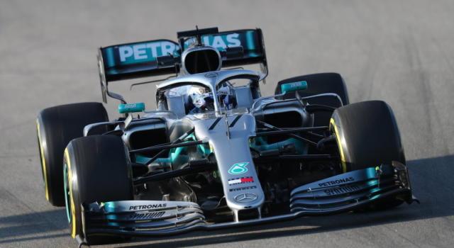 F1, GP Cina 2019: domani la gara (14 aprile). Orario d'inizio, programmazione su tv su Sky e TV8
