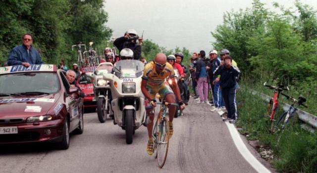 Ciclismo, la bici di Marco Pantani 'torna a casa' nel giorno del suo 51° compleanno