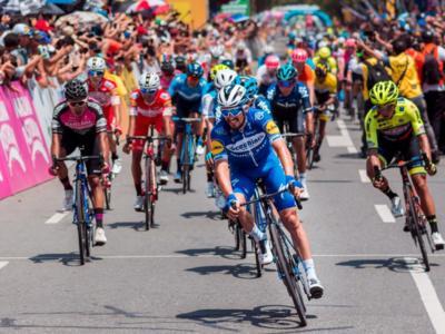 LIVE Tirreno-Adriatico 2019, Camaiore-Pomarance in DIRETTA: trionfo di Julian Alaphilippe! Battuti van Avermaet e Bettiol sull'arrivo in salita