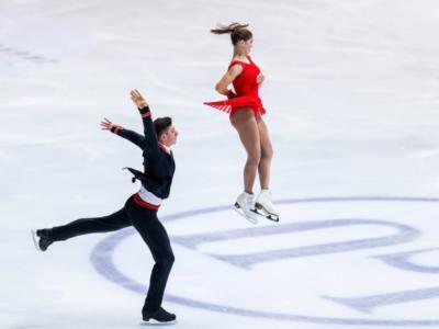Pattinaggio artistico, Mishina-Galliamov al comando dopo lo short delle coppie alla quarta tappa della Coppa Di Russia. Ma la sfida è apertissima