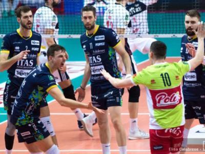 Volley, CEV Cup 2019: Trento vola in finale! Olympiacos sconfitto, prestazione sontuosa di Simone Giannelli