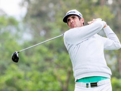 Golf, European Tour 2019: Nacho Elvira vola in vetta nel Maybank Championship