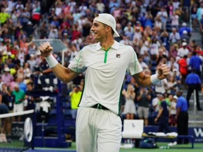 Tennis, ATP Newport 2019: risultati di mercoledì 17 luglio. John Isner nei quarti, fuori Adrian Mannarino