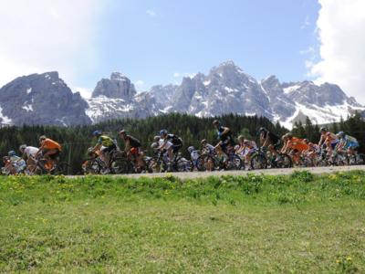 Ciclismo: Leonardo Bonifazio sarà professionista nella Total Direct Energie e correrà con il fratello Niccolò