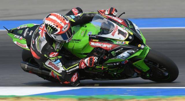 LIVE Superbike, GP Portogallo in DIRETTA: Superpole e gara-1 in tempo reale, Ducati all'attacco