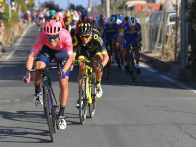 Giro delle Fiandre virtuale oggi in tv: orario d'inizio, come vederlo in streaming, partecipanti. Presenti Bettiol e van der Poel