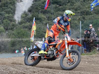 LIVE Motocross, GP Italia 2020 MXGP DIRETTA: Tony Cairoli terzo in gara-2 e secondo nel Mondiale!