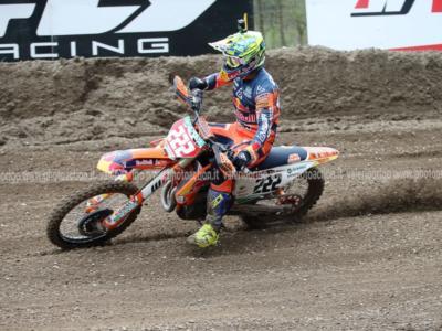 LIVE Motocross, GP Emilia-Romagna MXGP in DIRETTA: tappa e tabella rossa per Tony Cairoli!