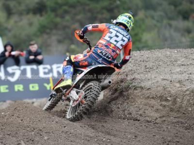 DIRETTA Motocross MXGP, GP Lombardia LIVE: solo 15° Cairoli, successo di manche per Gajser che supera l'azzurro nel Mondiale