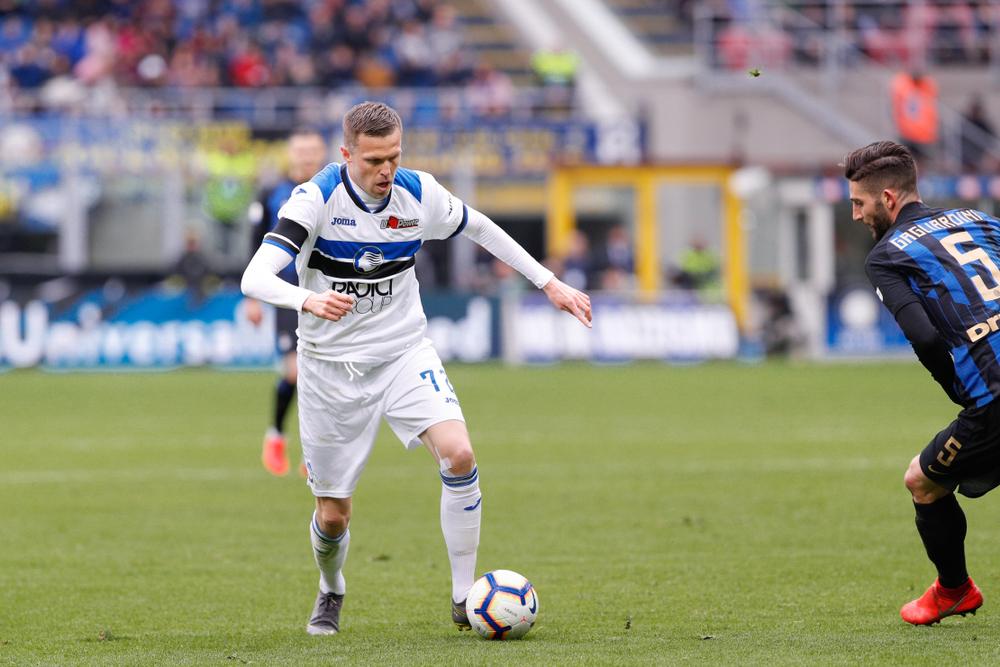 Calcio, Serie A: nelle gare del pomeriggio successi per Cagliari e Atalanta, poi due pareggi